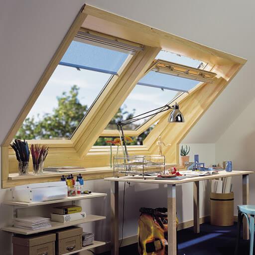 картинка деревянные мансардные окна