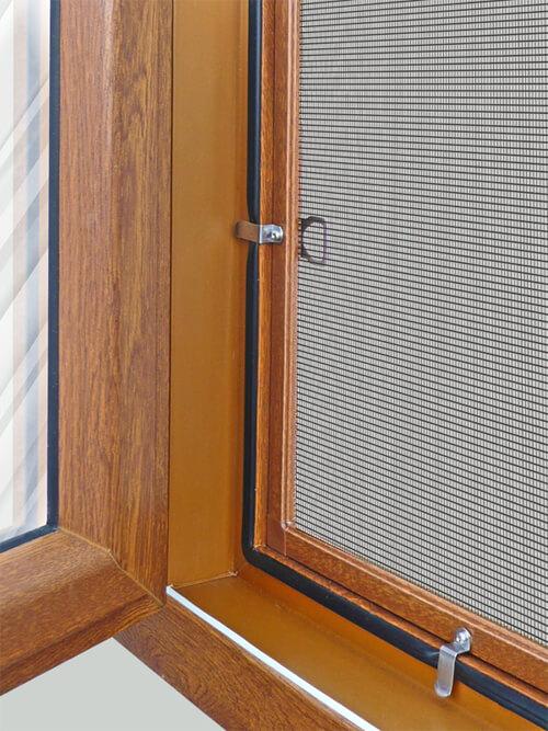картинка москитная сетка на окно
