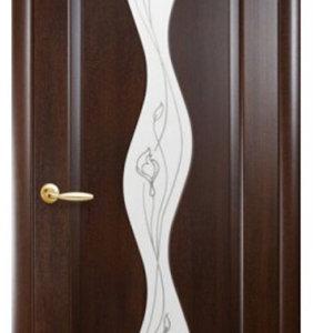 """Межкомнатные двери """"Новый стиль"""" Маэстра Волна, каштан со стеклом сатин и рисунком"""