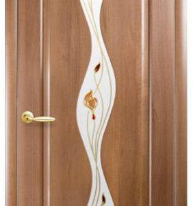 """Межкомнатные двери """"Новый стиль"""" Маэстра Волна, золотая ольха со стеклом сатин и рисунком"""